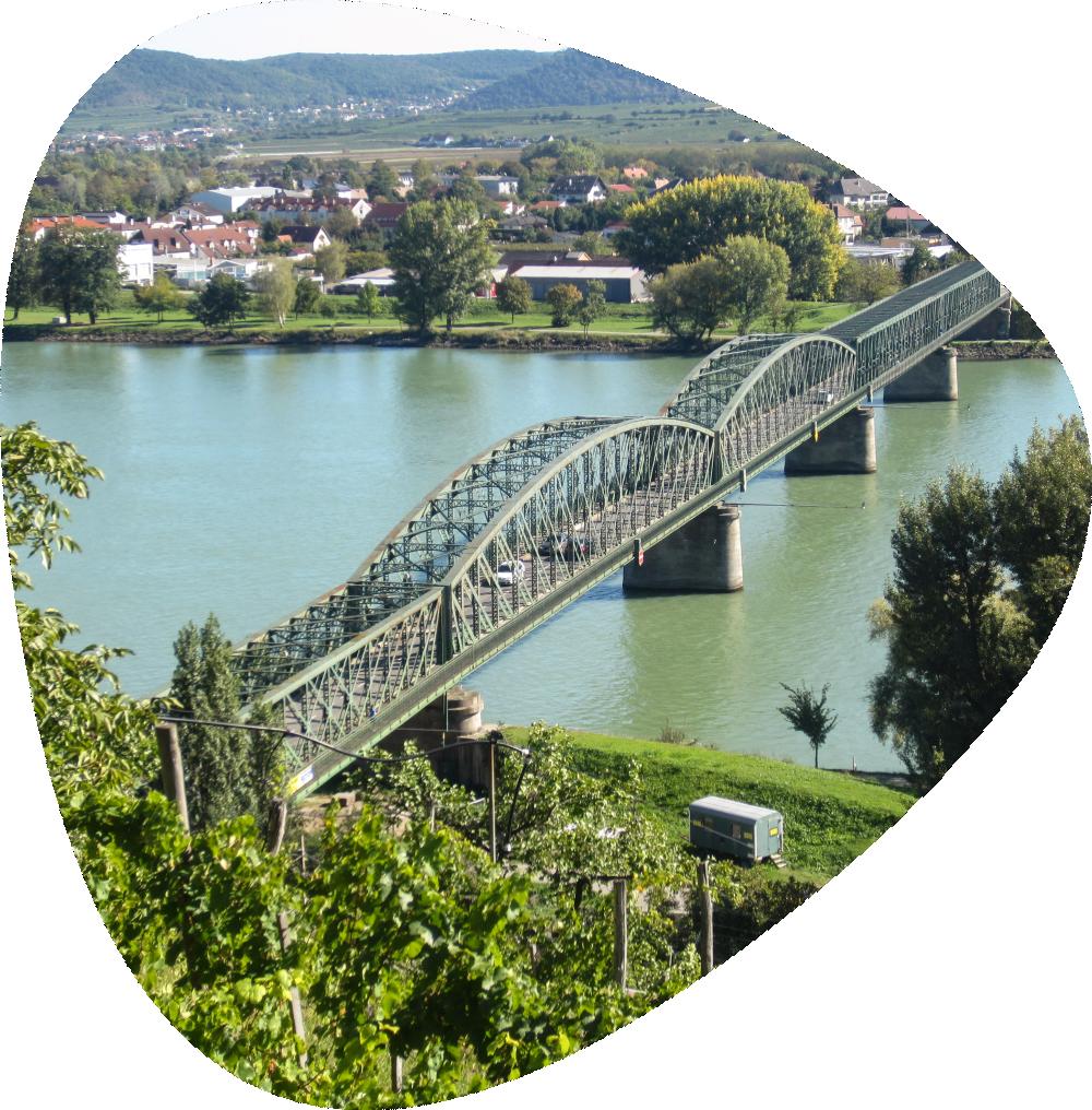 https://busparken-wachau.at/wp-content/uploads/2021/05/img-team-8.png